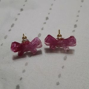 Jewelry - Milky pink bow earring studs